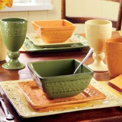 Seasonal Dinnerware