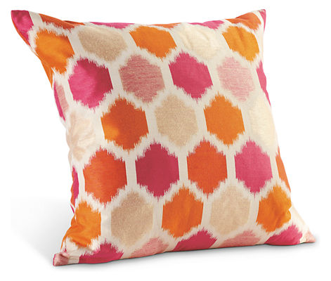 Commona my house splurge or steal trellis pillows for Room and board pillows