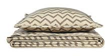 Jacquard Wool Zig-zag Ivory/Taupe Blanket & Sham