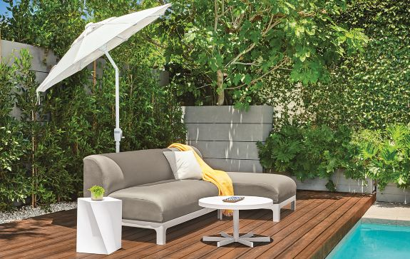 Crescent Sofa with Chaise Modern Outdoor Furniture