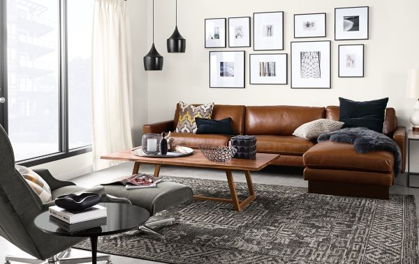 Hess Sofa with Chaise in Lecco Leather Modern Living Room