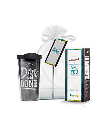 2016 Graduation Gift Set with Smarties®