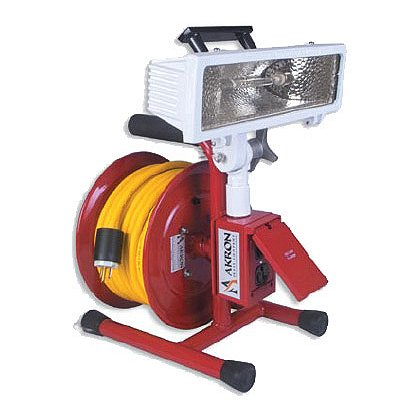 Akron Electric Cord Reel with Halogen Area Light