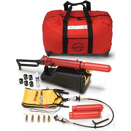 CMC: ResQmax Swiftwater Rescue Kit