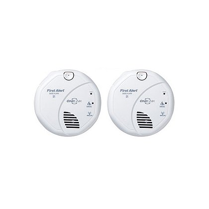 first alert onelink wireless battery powered photoelectric smoke detector 2 pack. Black Bedroom Furniture Sets. Home Design Ideas