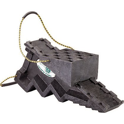 Turtle Plastics: Cog Style Step Chock with Traveling Platform