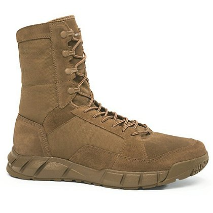 "Oakley: SI Light Assault 8"" Boots, AR670-1 Compliant"