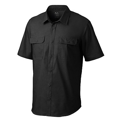 Oakley: Essential Short Sleeve Shirt