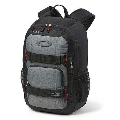 Oakley: Enduro 22L Backpack, Jet Black