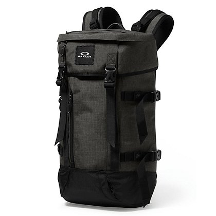 Oakley: Guntower Pack, Forged Iron