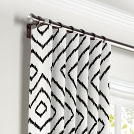 Black & White Diamond Curtains with Pocket Close Up