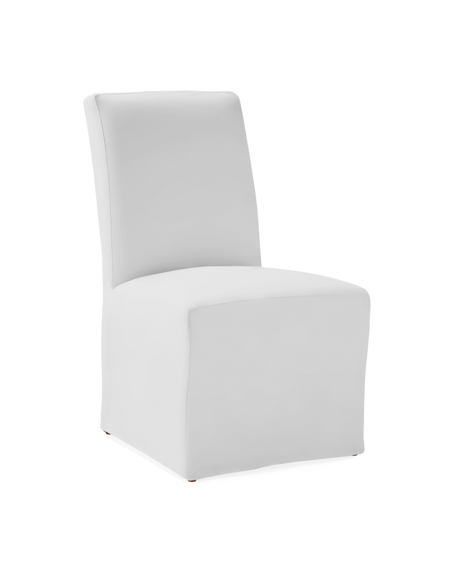 Slipcovered linen dining chair (Ross) at Serena & Lily .#diningchairs #slipcoveredchairs