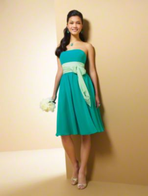 A Short Chiffon Bridesmaid Dress with an A-Line Silhouette, Floor Length Skirt, Contrasting Color Waistband, and Strapless Neckline