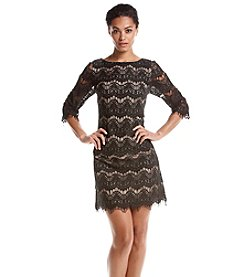 Jessica Howard® Patterned Lace Shift Dress