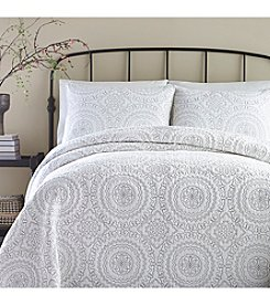 Jessica Simpson Medallion Coverlet Collection