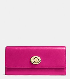 COACH TURNLOCK SLIM ENVELOPE WALLET IN PEBBLE LEATHER