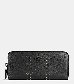 COACH BANDANA RIVETS SLIM ACCORDION WALLET IN PEBBLE LEATHER