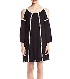 Cupio Cold Shoulder Crochet Trim Tunic