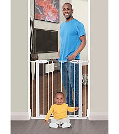 Dreambaby® Boston Extra-Tall Auto Close Security Gate