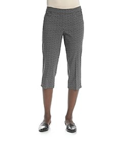 Studio Works® by Briggs Petites' Print Pull-On Millennium Capri Pants