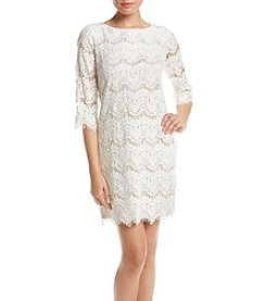 Jessica Howard® Petites' Scalloped Lace Dress