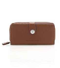 Stone Mountain® Large Zip Around Wallet