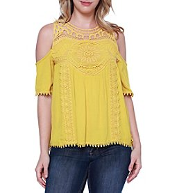 Skylar & Jade™ Crochet Applique Cold-Shoulder Top