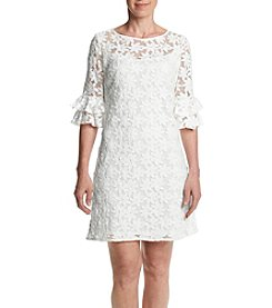Jessica Howard® Petites' Ruffled Sleeve Lace Dress