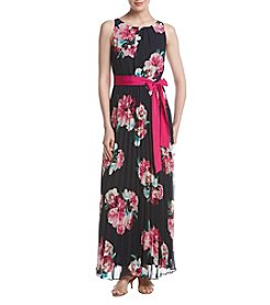 Jessica Howard® Pleated Floral Print Maxi Dress