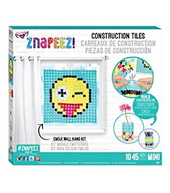 Znapeez!™ Emoji Wall Hanging Kit