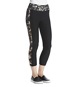 Charmed Hearts™ Color Block Camo Cross Leggings