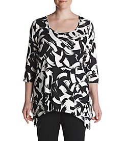 Cupio Plus Size Printed Scoop Neck Tee