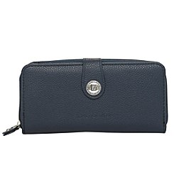 Stone Mountain® Double Zip Wallet