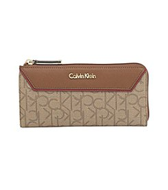 Calvin Klein Signature Zip Wallet