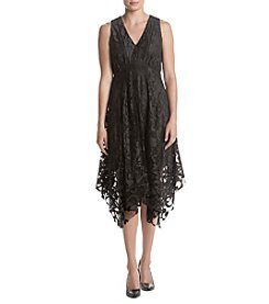 Taylor Dresses Lined Lace Dress