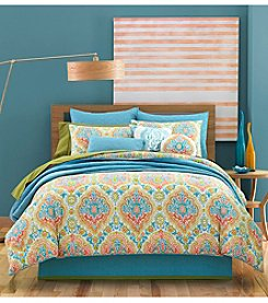 J by J Queen New York Jakarta Bedding Collection