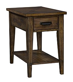 Broyhill Creedmoor Chairside Table