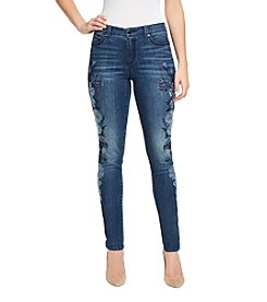 Bandolino Lisbeth Floral Embroidery Skinny Jeans