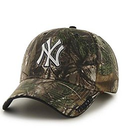 Fan Favorite MLB® New York Yankees Mass Realtree Frost Cap