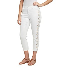 Gloria Vanderbilt Amanda Embroidered Cropped Jeans