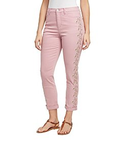 b81b0998bfb571 Gloria Vanderbilt Amanda Embroidered Cropped Jeans