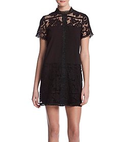 Kensie Floral Lace Short Sleeve Dress