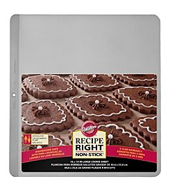 Wilton Bakeware Recipe Right Air Cookie Sheet