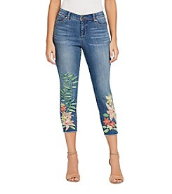 Bandolino Lisbeth Tropical Floral Embroidery Capris