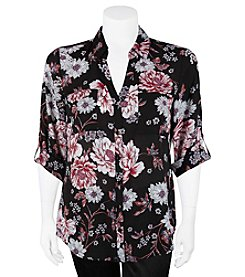 A. Byer Plus Size Floral Print Buttoned Top
