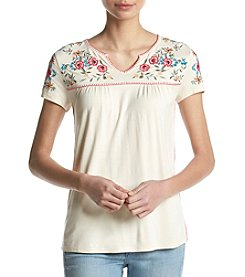 Ruff Hewn Floral Embroidery Detail V-Neck Top