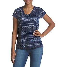 Ruff Hewn Petites' V-Neck Geometric Pattern Button Back Tee