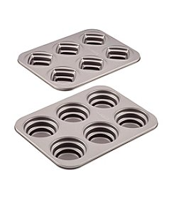 Cake Boss® Novelty Nonstick Bakeware 2-pc. Round and Square Stacked Cakelette Pan Set