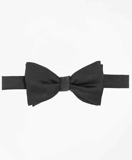 1950s Men's Clothing Butterfly Pre-Tied Bow Tie $60.00 AT vintagedancer.com