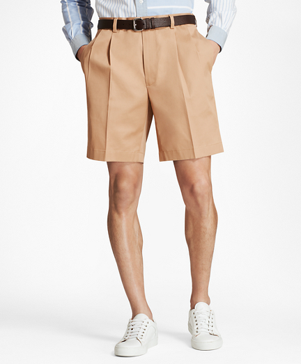 Men's Vintage Style Clothing Pleat Front Stretch Advantage Chino Shorts $69.50 AT vintagedancer.com
